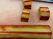 rhubarbe-a-couper