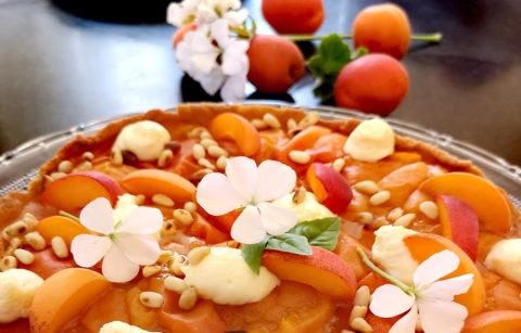 tartes-aux-abricots-creme-a-l-orgeat-pignon-de-pins